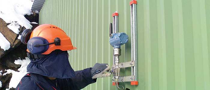 اندازه گیری سطح مایعات با استفاده از ترانسمیتر فشار و لول سنج